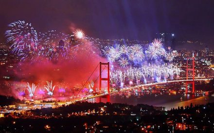 bosphorus-new-year-s-eve-party-istanbul-1-Exeperienceteam