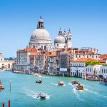 italia-venetia-grand-canal-basilica-di-santa-maria-della-salute_cp7y